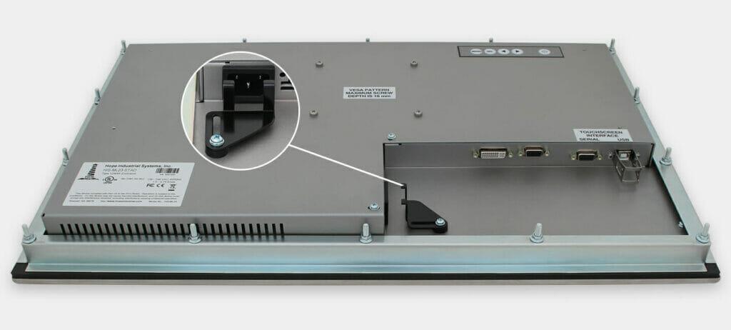 """Monitores industriales de montaje en panel con pantalla panorámica de 23"""" y pantallas táctiles resistentes según IP65/IP66, vista de salida para cables de CA"""