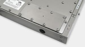 Opción de placa de cubierta con orificio guía y clasificación IP65/IP66 para monitores industriales de montaje universal