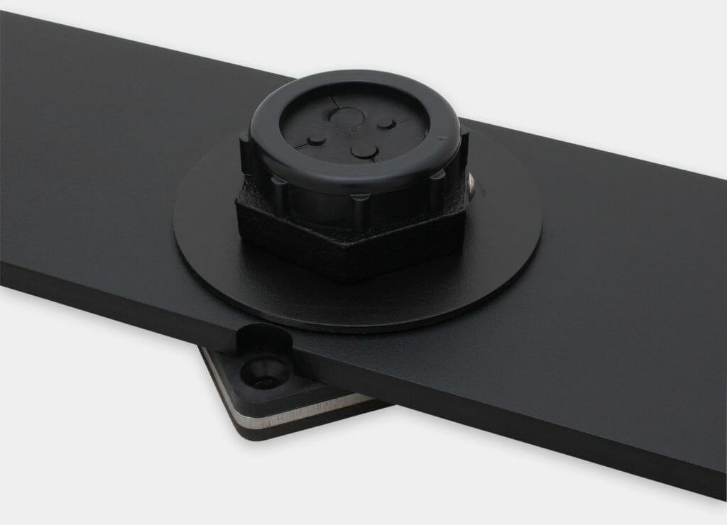 Kit de sobremesa de fijación IP20/IP54 para monitores de montaje universal