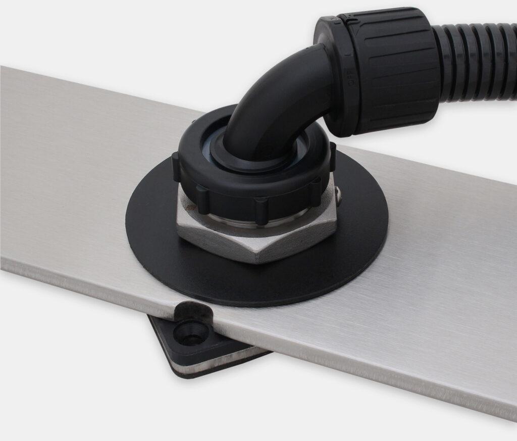 Kit de sobremesa de fijación IP65/IP66 para monitores de montaje universal, configuración sellada con conducto para cables
