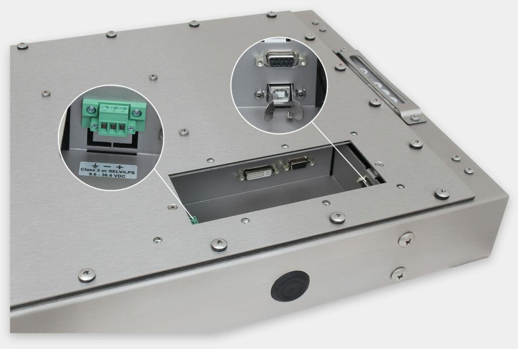 """Monitores industriales de montaje universal con pantalla panorámica y pantallas táctiles resistentes según IP65/IP66 de 22"""", vista de salida para cables de CC"""